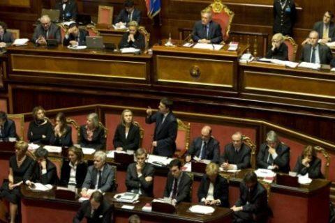 Consensi in calo per il governo Renzi