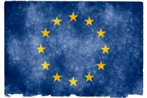 Italiani sempre più euroscettici